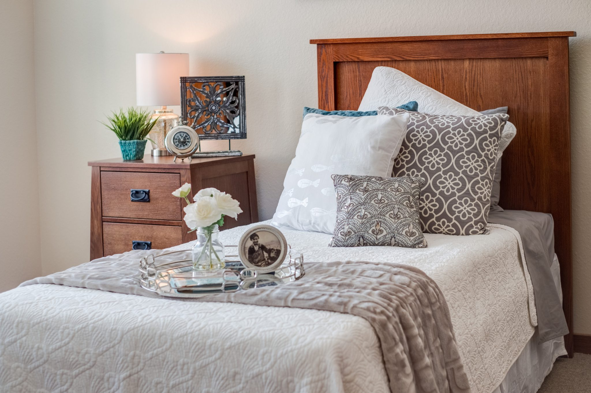 heritage lake country bedroom