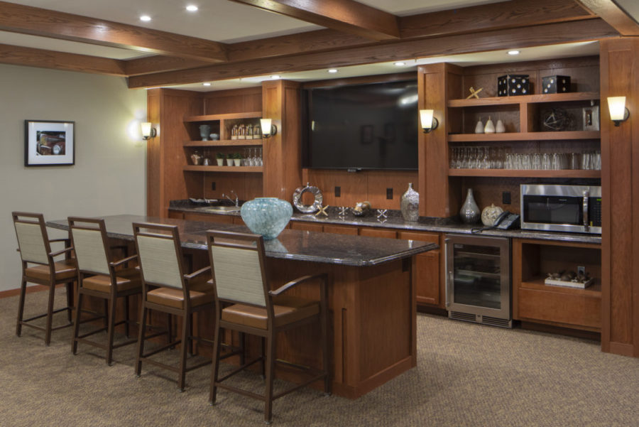 Heritage Muskego's pub and socialization area.