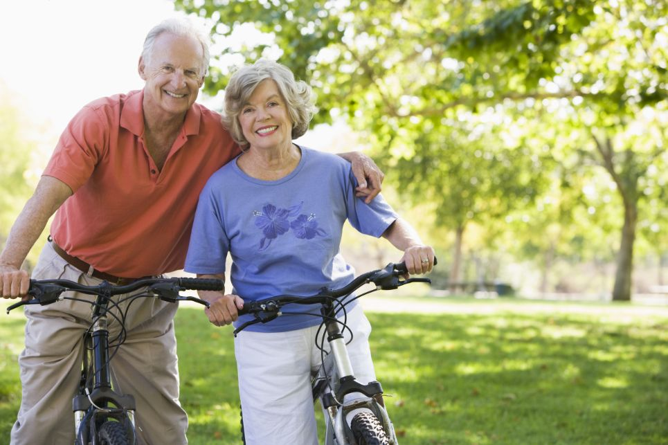 Senior couple enjoying all independent living communities have to offer.