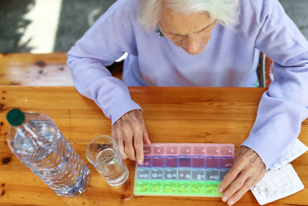 Senior with dementia feeling stress over managing her medication